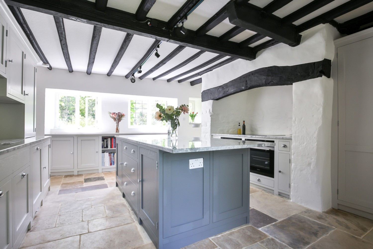 Bespoke handmade kitchens oxfordshire uk evie willow for Kitchens chipping norton