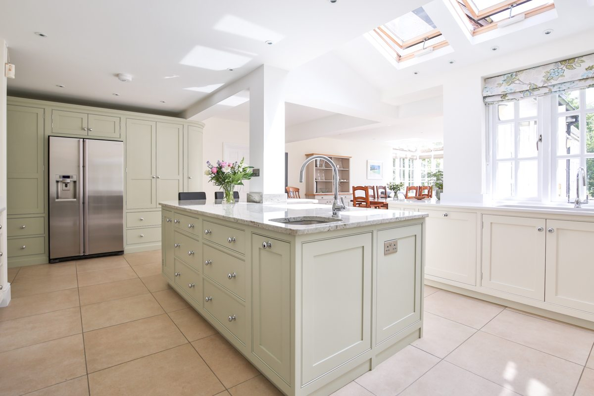 Kitchens archives evie willow for Kitchens chipping norton